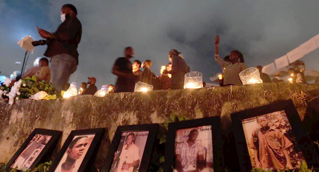 #EndSARS; Protesters Hold Candlelight Procession In Abuja